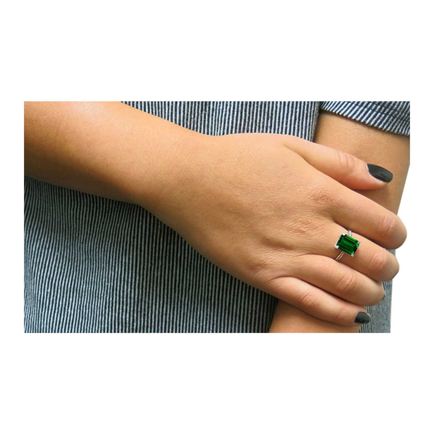 4.00 CTTW Emerald Sterling Silver Ring